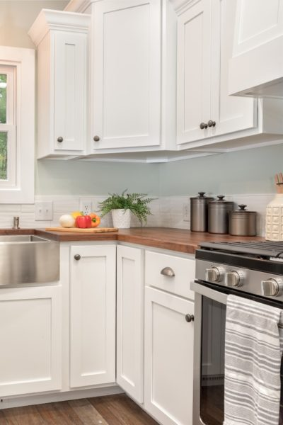 Simple Light Kitchen Design